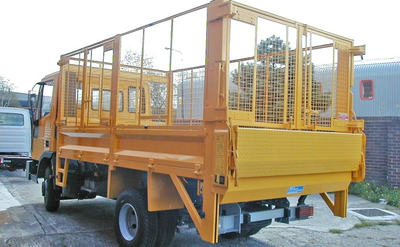 7.5 Tonne Tipping Body Fitted with Mesh Cage