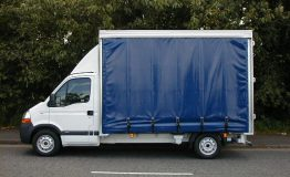 Curtain sider
