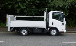 Aluminium dropside body rails and tail lift