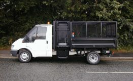 3.5t Cage tipper with bin lift