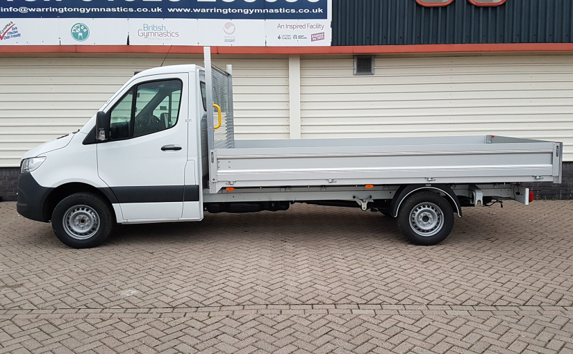 3.5t Dropside Flatbed