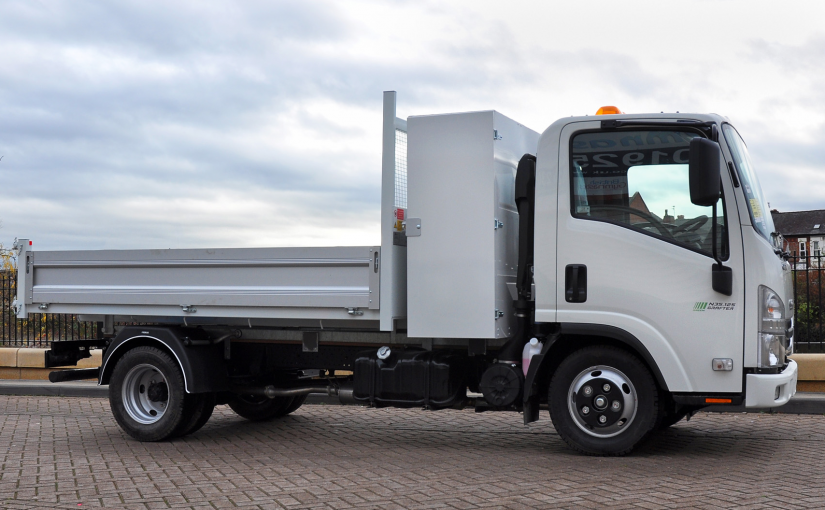 Isuzu N35 Tipper With Storage Locker