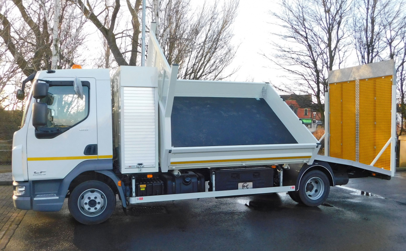 Side Tipping Body with Beavertail Rear